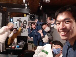 愛知県名古屋栄のおしゃべりバー。面白い変な場所